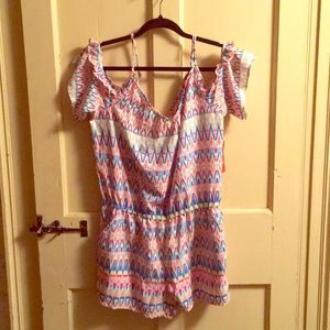 Cute shoulderless romper